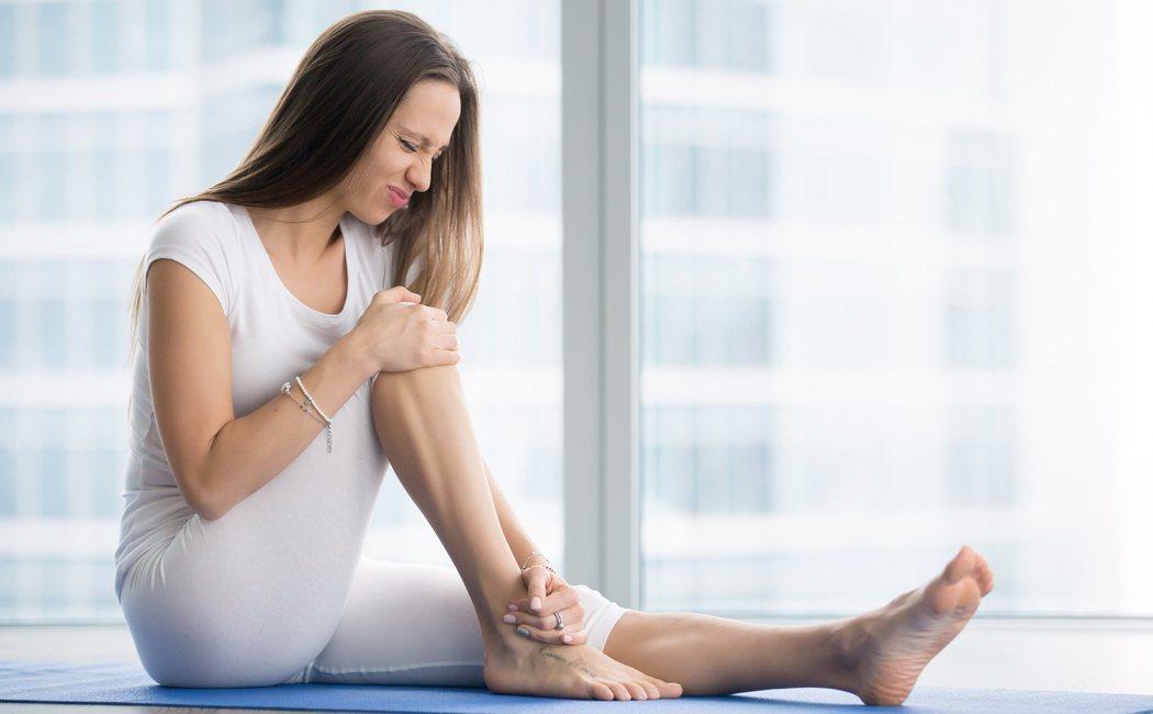 Cómo estirar los músculos de las piernas para evitar lesiones