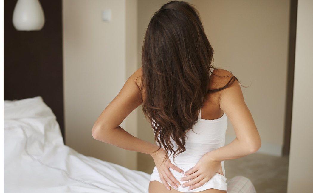 Estiramientos de espalda para evitar contracturas