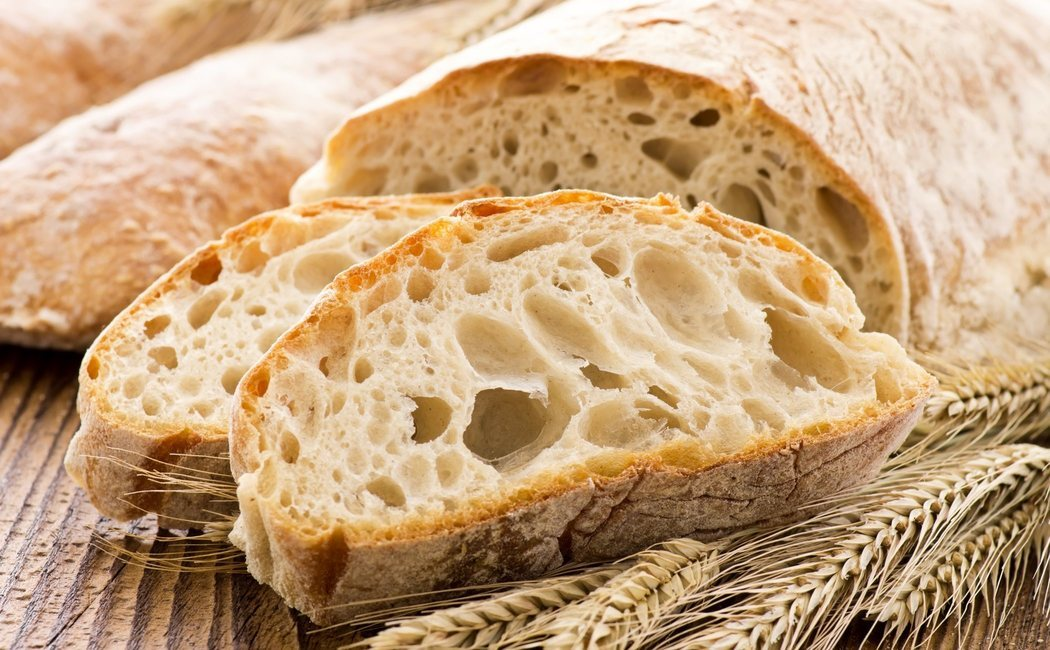 ¿Qué engorda más, la miga o la corteza del pan?