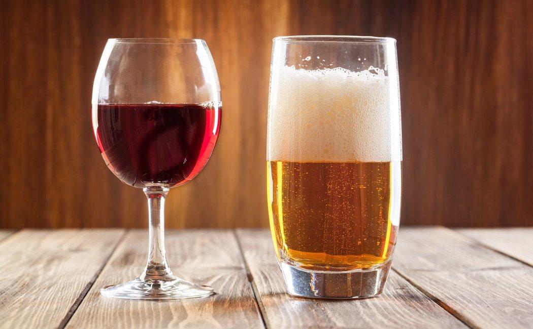 ¿Qué engorda más, la cerveza o el tinto de verano?