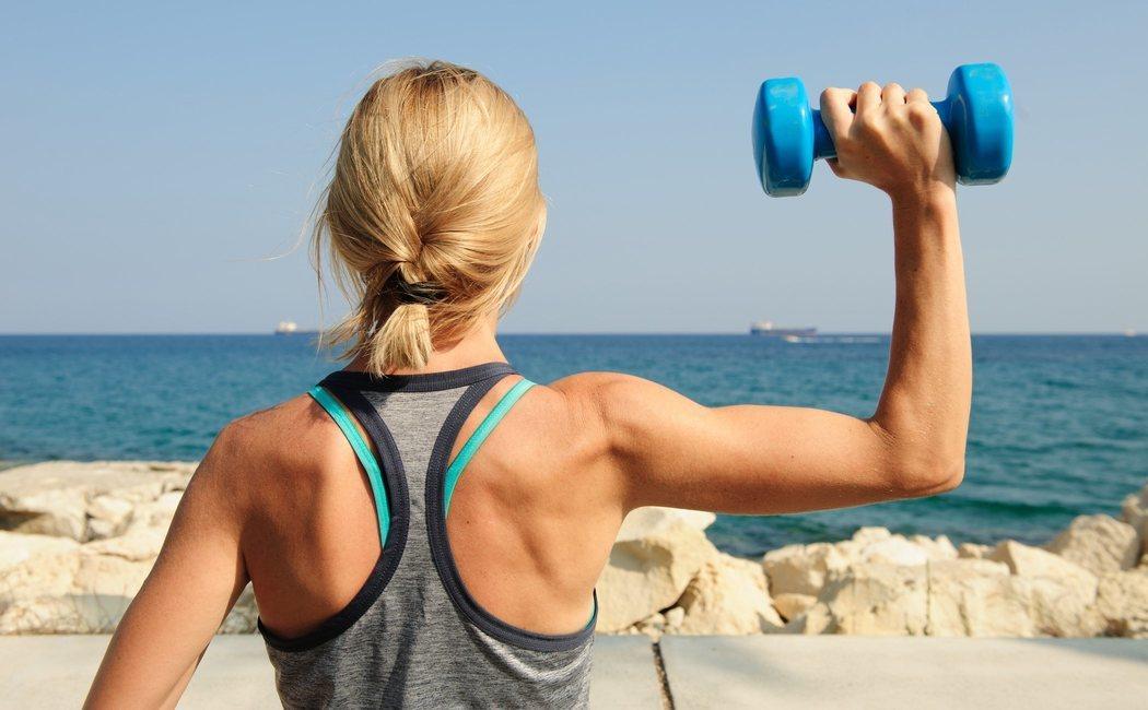 Cómo fortalecer los brazos