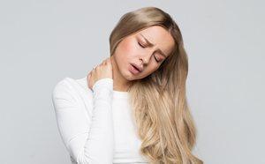 5 ejercicios para estirar la zona cervical