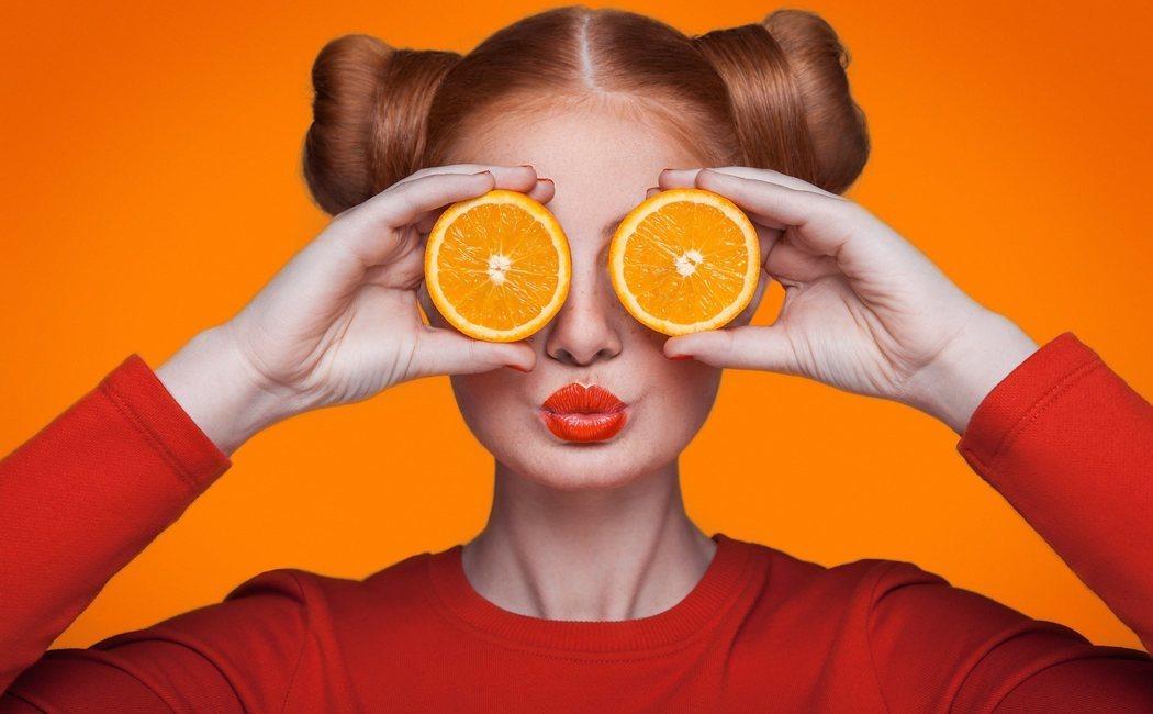 ¿Qué vitaminas tiene la naranja?