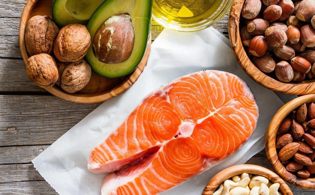 Dieta para bajar el colesterol: alimentos permitidos y prohibidos