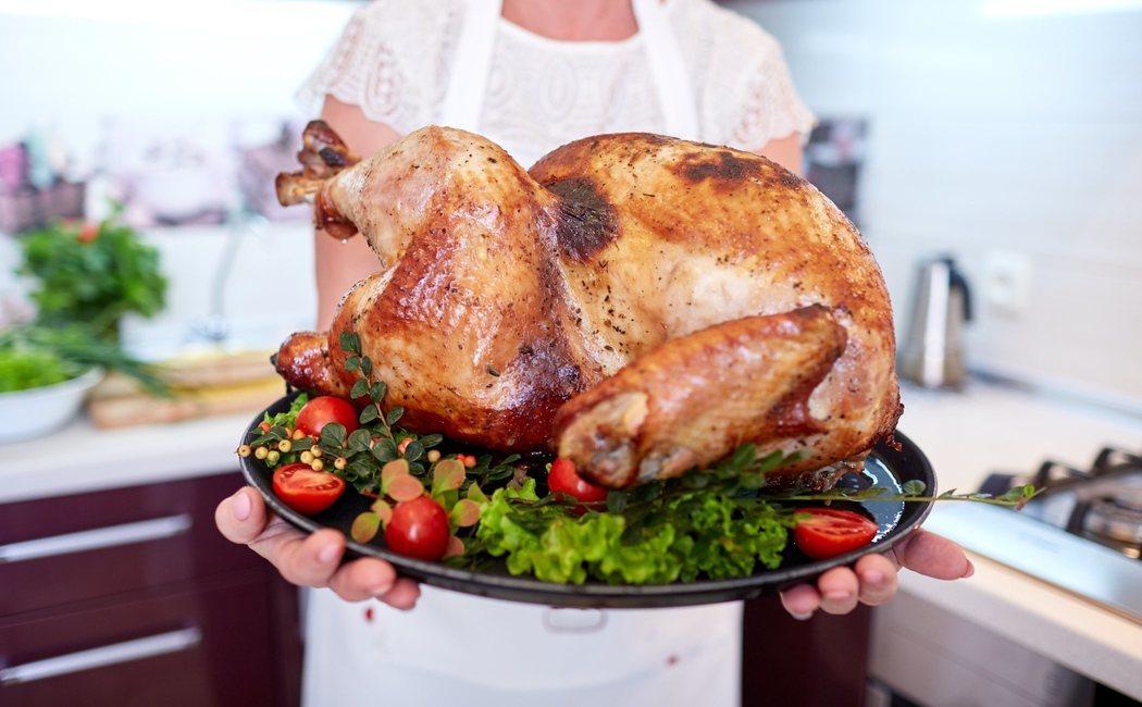Tiene asado piel sin calorias cuantas pollo el