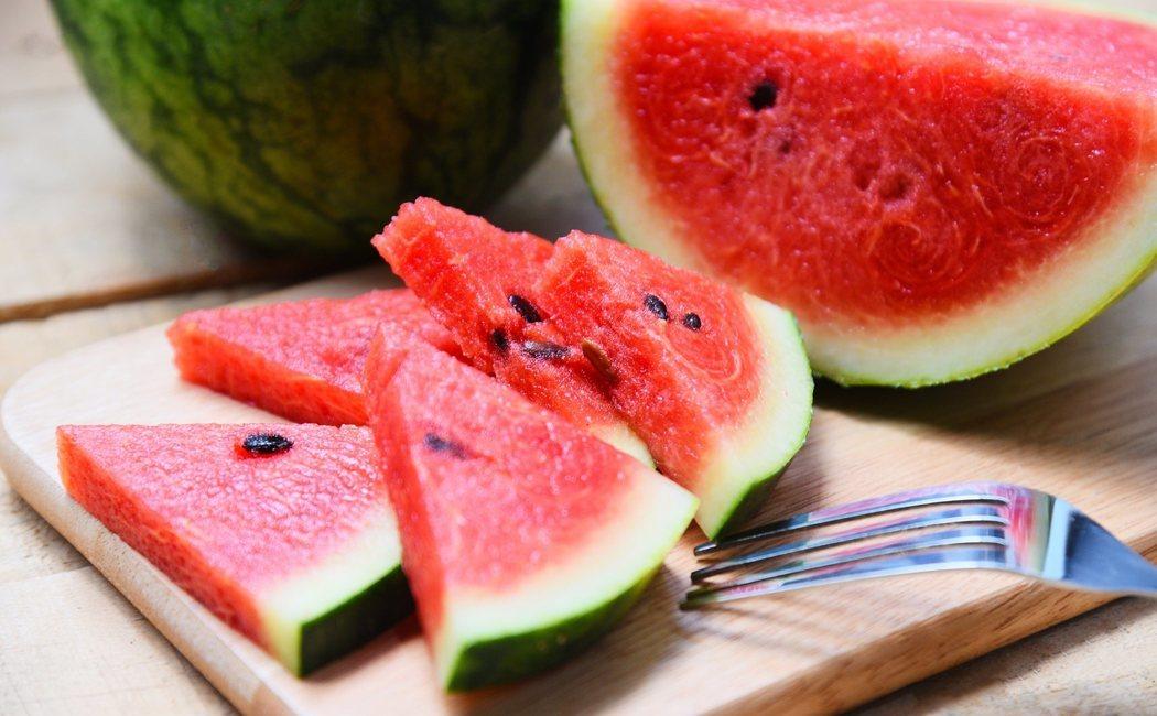 Sandía: propiedades y beneficios de esta fruta de verano