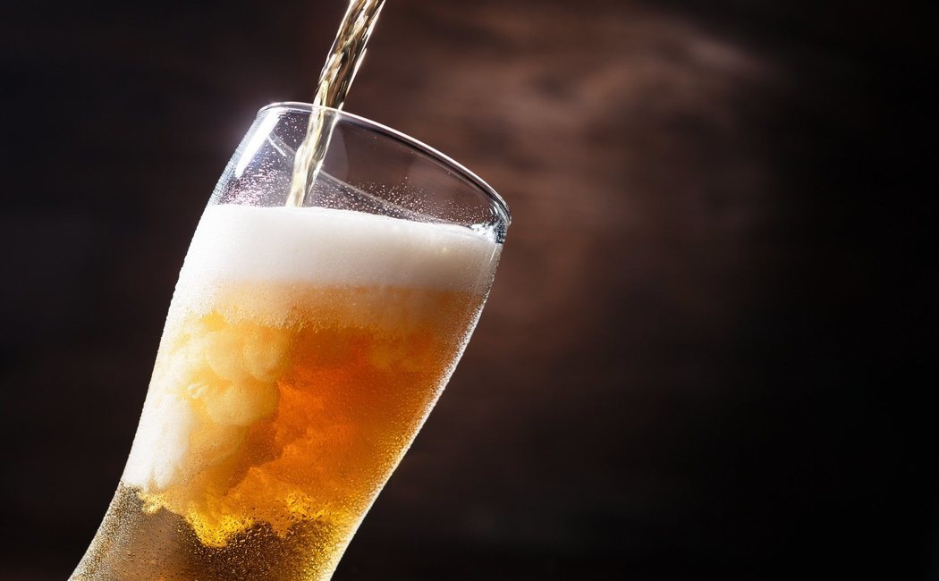 ¿Cuánto engorda la cerveza sin alcohol?