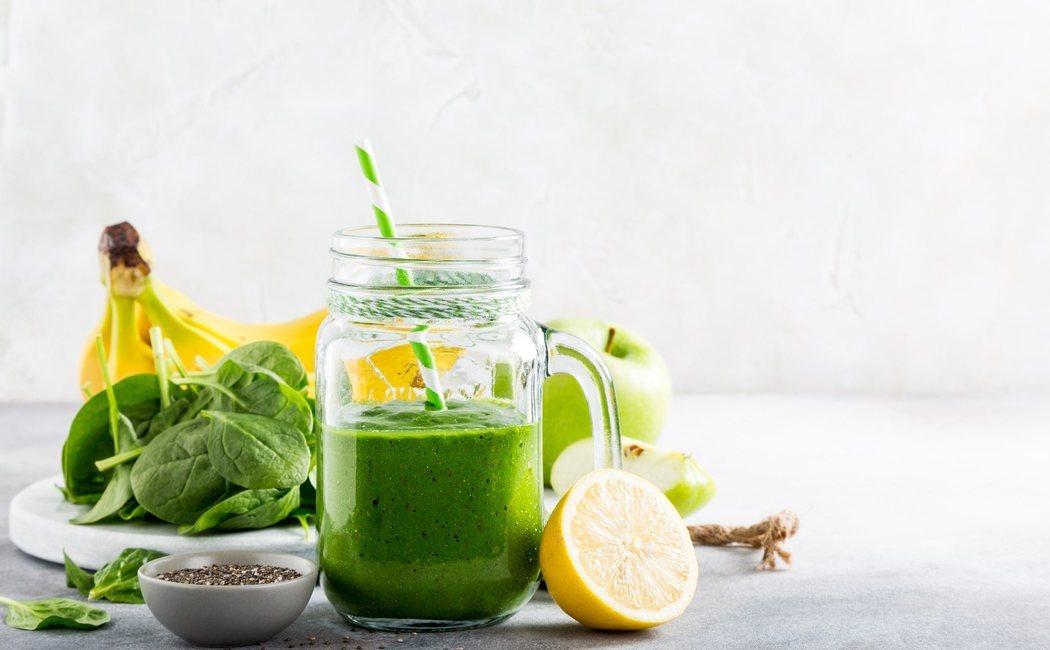 5 batidos verdes de frutas y verduras