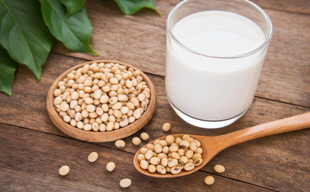 Leche de soja: beneficios, propiedades y contraindicaciones