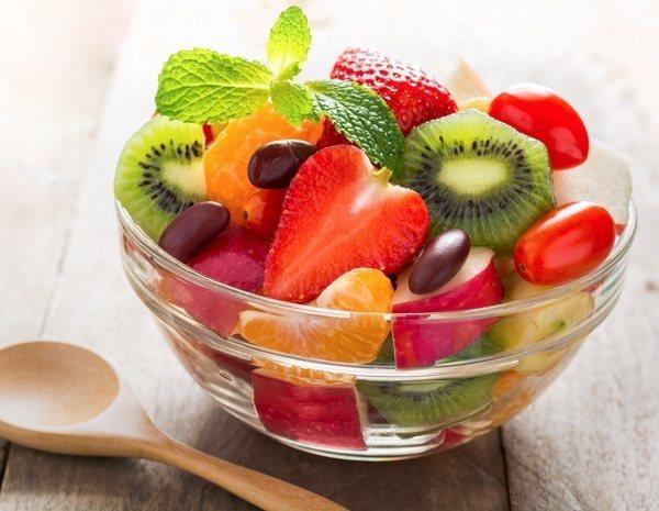 Fruta por la noche es malo