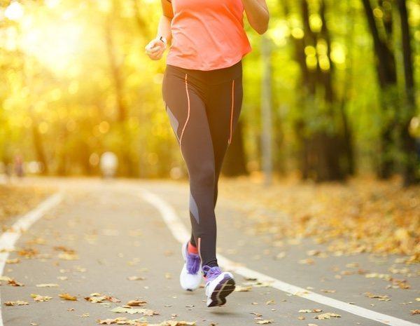 Bajar de peso caminando o corriendo sangre