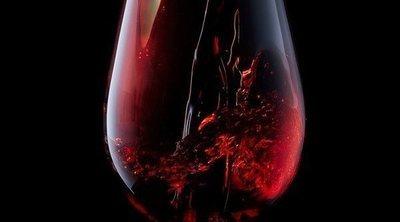 ¿Cúanto engorda una copa de vino?