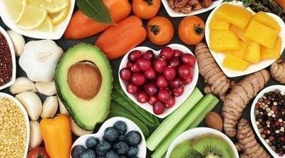 Alimentos que te hidratan tanto como un vaso de agua