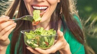 5 ensaladas perfectas para cenar en verano